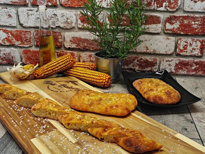 Corn_Focaccia_with_Rosemary_&_Sea_salt1